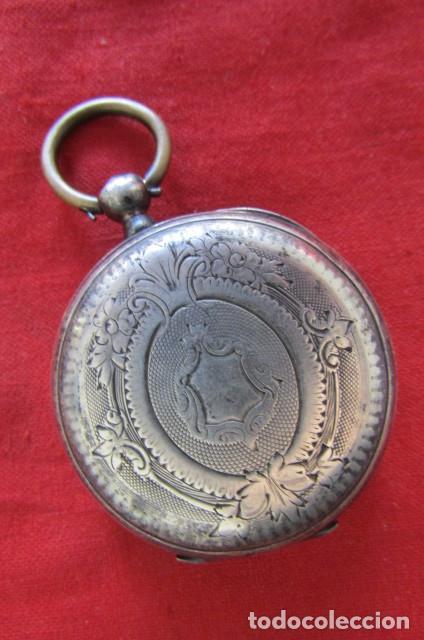 Relojes de bolsillo: Antiguo reloj suizo de bolsillo a cuerda manual en plata falta llave año 1850 1890 y no funciona - Foto 2 - 170013452
