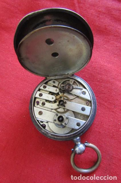 Relojes de bolsillo: Antiguo reloj suizo de bolsillo a cuerda manual en plata falta llave año 1850 1890 y no funciona - Foto 6 - 170013452