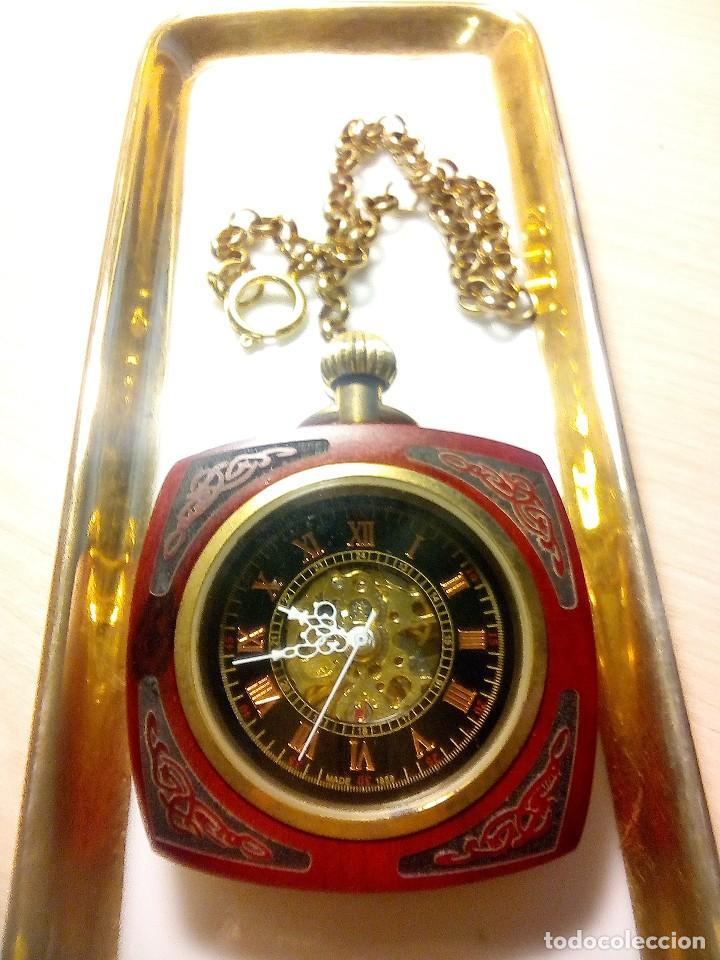 RELOJ DE BOLSILLO EN MADERA NOBLE. (Relojes - Bolsillo Carga Manual)