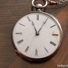 Relojes de bolsillo: ANTIGUO RELOJ DE PLATA CON SONERÍA Y CURIOSO DIÁMETRO DE LA CAJA - FUNCIONANDO PERO NO LA SONERÍA. Lote 172468948
