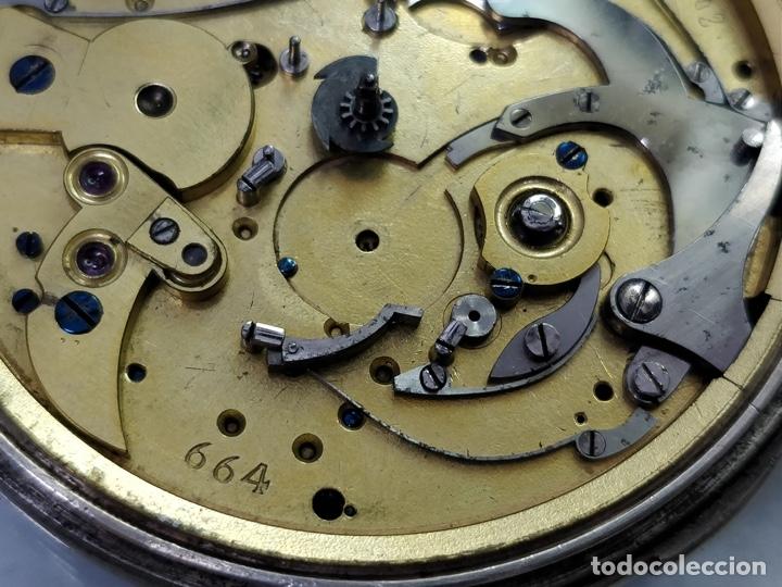 Relojes de bolsillo: Antiguo reloj de plata con sonería y curioso diámetro de la caja - Funcionando pero no la sonería - Foto 10 - 172468948