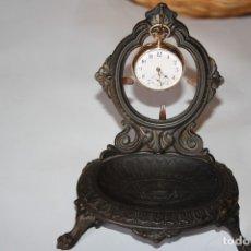 Relojes de bolsillo: RELOJ DE MONJA DE ORO DE 14 KL CON SU JOYERO DE COLGAR FUNCIONA. Lote 173463189