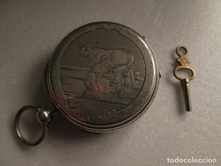 Relojes de bolsillo: PRECIOSO RELOJ DE BOLSILLO CON MAQUINARIA CINCELADA COMPLETO DE PLATA LABRADA, DATA 1870, FUNCIONA - Foto 5 - 174142914