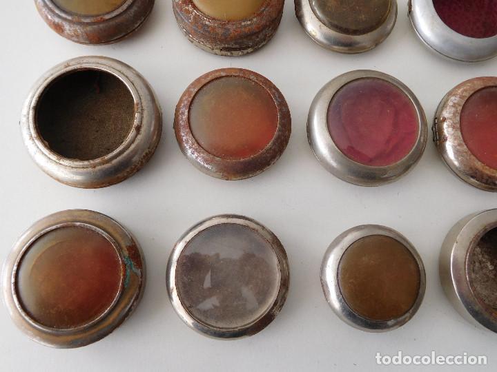 Relojes de bolsillo: Lote de 15 chichoneras antiguas para reloj de bolsillo - Foto 6 - 192058802
