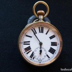 Relojes de bolsillo: RELOJ DE BOLSILLO DE GRAN TAMAÑO, FUNCIONA, LA MAQUINARIA ESTÁ PROTEGIDA POR UNA ESFERA TRANSPARENTE. Lote 194218040