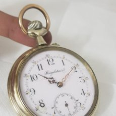 Relojes de bolsillo: RELOJ ANTIGUO DE BOLSILLO GOLIAT MIDE 6.8CM BAÑADO EN PLATA BUEN ESTADO FUNCIONA ALTA COLECCIÓN. Lote 194899535