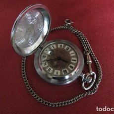Relojes de bolsillo: ANTIGUO RELOJ DE CUERDA MECÁNICO MILITAR DE BOLSILLO SOVIÉTICO URSS UNIÓN SOVIÉTICA RUSIA FUNCIONA. Lote 195416845