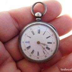 Relojes de bolsillo: RELOJ DE BOLSILLO PEQUEÑO DE PLATA AÑO 1900 APROX.. Lote 197181738