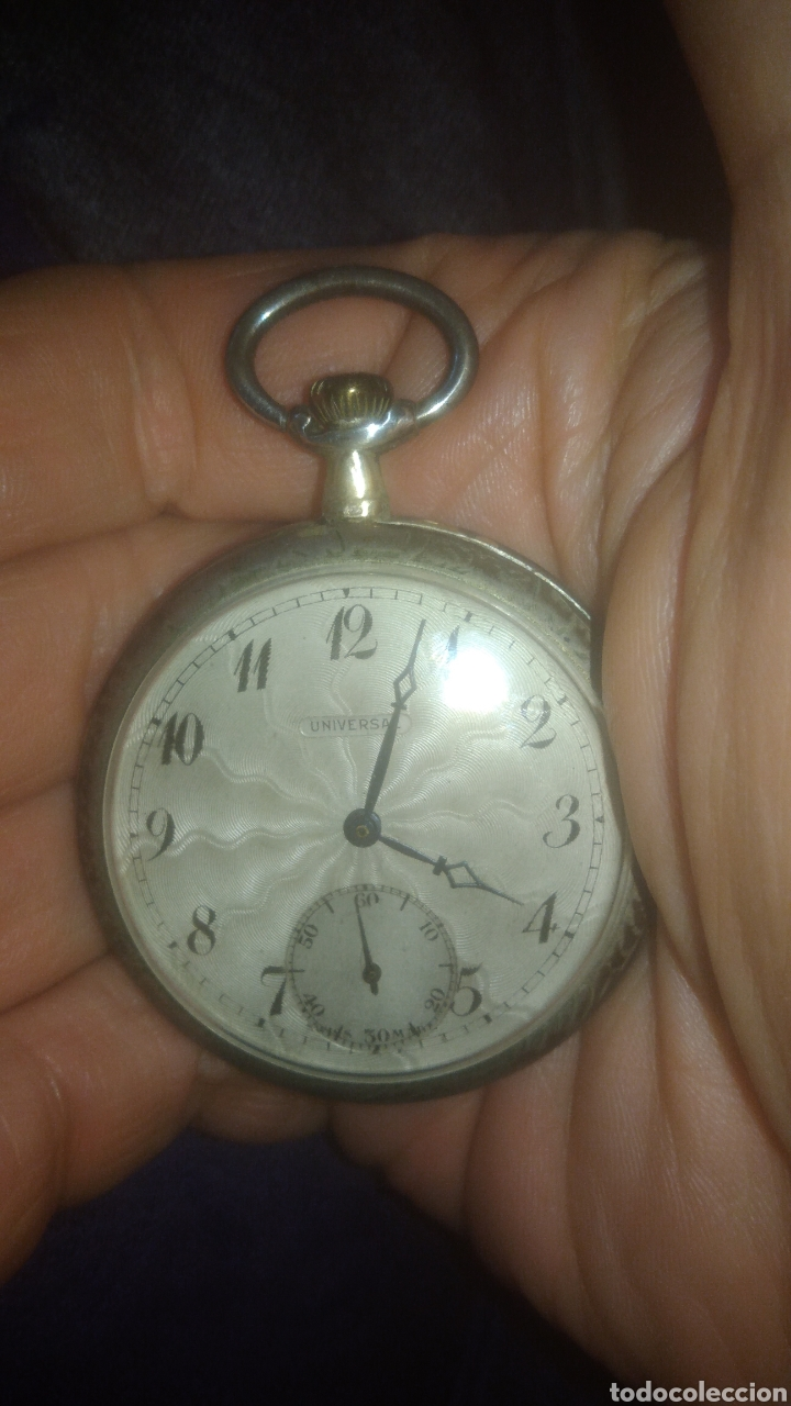 RELOJ UNIVERSAL. FUNCIONA PERFECTAMENTE. VER FOTOS. (Relojes - Bolsillo Carga Manual)