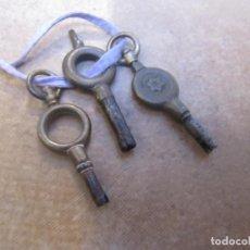 Relojes de bolsillo: ANTIGUO JUEGO DE 3 LLAVES PARA RELOJES DE BOLSILLO DE LOS AÑOS 1890 A 1920. Lote 198047547