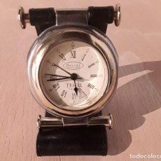 Relojes de bolsillo: RELOJ DESPERTADOR DE BOLSILLO VIAJE FUNDA DE CUERO DALVEY TRAVEL CLOCK. Lote 212266653