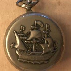 Relojes de bolsillo: ANTIGUO RELOJ RUSO DE BOLSILLO MOLNIJA, CON BARCO EN RELIEVE, HACIA 1940.. Lote 218035812