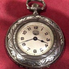 Relojes de bolsillo: BELLÍSIMO RELOJ DE BOLSILLO DE PLATA, MANOLIN. PPS DE SXX. Lote 222930881