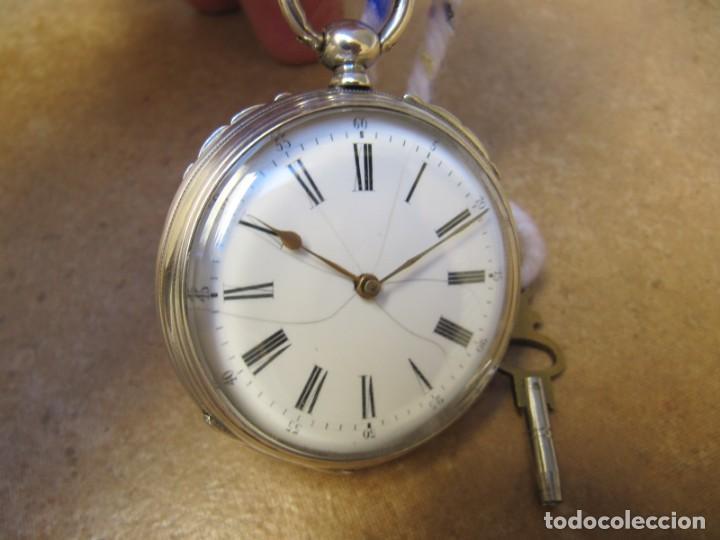 ANTIGUO RELOJ DE CUERDA DE BOLSILLO DE PLATA DE LLAVE. (Relojes - Bolsillo Carga Manual)