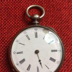 Relojes de bolsillo: ANTIGUO RELOJ DE BOLSILLO DE LLAVE - CAJA DE PLATA DE 800 MILESIMAS - CONTRASTE - CYLINDRE 8 RUBIS. Lote 225696460