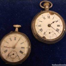 Relojes de bolsillo: LOTE DE DOS RELOJES DE BOLSILLO PARA RECAMBIOS O REPARAR UNO DE PLATA Y OTRO DE METAL PLATEADO. Lote 235356155