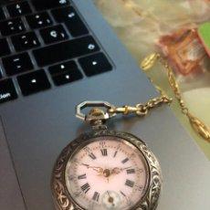 Relojes de bolsillo: RELOJ DE BOLSILLO DE PLATA ANTIGUO CON CADENA ORIGINAL. Lote 242234815