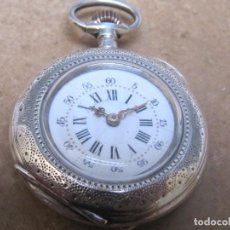 Relojes de bolsillo: ANTIGUO RELOJ DE BOLSILLO DE CUERDA DE PLATA. Lote 244755475