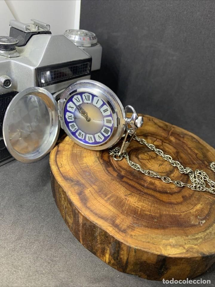 ANTIGUO RELOJ DE BOLSILLO RUSO DE LA MARCA MOLNIJA CON TAPA EN RELIEVE AÑOS 60 18 RUBIES (Relojes - Bolsillo Carga Manual)