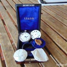 Relojes de bolsillo: CAJA EN MADERA CON RELOJ DE BOLSILLO BALTIC, UNA CUERDA, 2 CRISTALES Y UNA ESFERA CON Nº ROMANOS. Lote 259059035