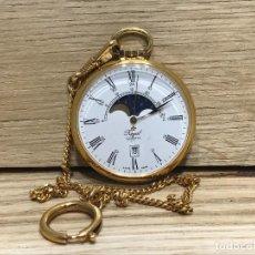Relojes de bolsillo: RELOJ DE BOLSILLO CON MOVIMIENTO DE QUARTZO MARCA ROYAL FABRICADO EN SUIZA CON LEONTINA. Lote 261359315