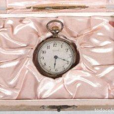 Relojes de bolsillo: RELOJ DE BOLSILLO PARA SEÑORA EN PLATA MARCA TENEB EN SU CAJA-EN FUNCIONAMIENTO. Lote 262636380