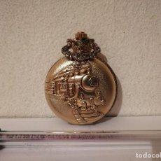 Relojes de bolsillo: RELOJ BOLSILLO - MEDAL QUARTZ - CAJON - TREN LOCOMOTORA - METAL - PLATEADO Y DORADO. Lote 267140849