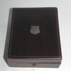 Relojes de bolsillo: CAJA S.XIX PARA RELOJ DE BOLSILLO EN MADERA Y APLICACIONES DE NACAR. Lote 269781698