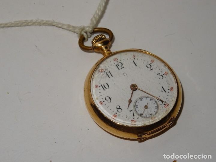 Relojes de bolsillo: ANTIGUO RELOJ - OMEGA - CARGA MANUAL DE ORO 18 KL. ESTADO DE FUNCIONAMIENTO . 4,5X3,3 CM. - Foto 3 - 278884268