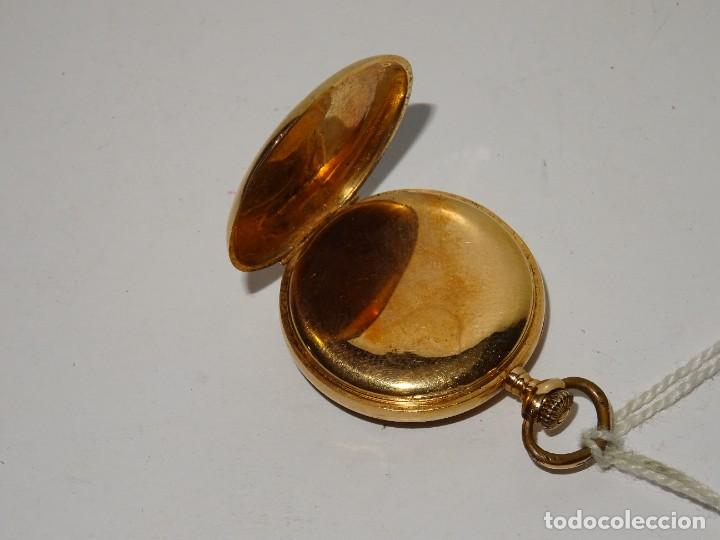Relojes de bolsillo: ANTIGUO RELOJ - OMEGA - CARGA MANUAL DE ORO 18 KL. ESTADO DE FUNCIONAMIENTO . 4,5X3,3 CM. - Foto 6 - 278884268