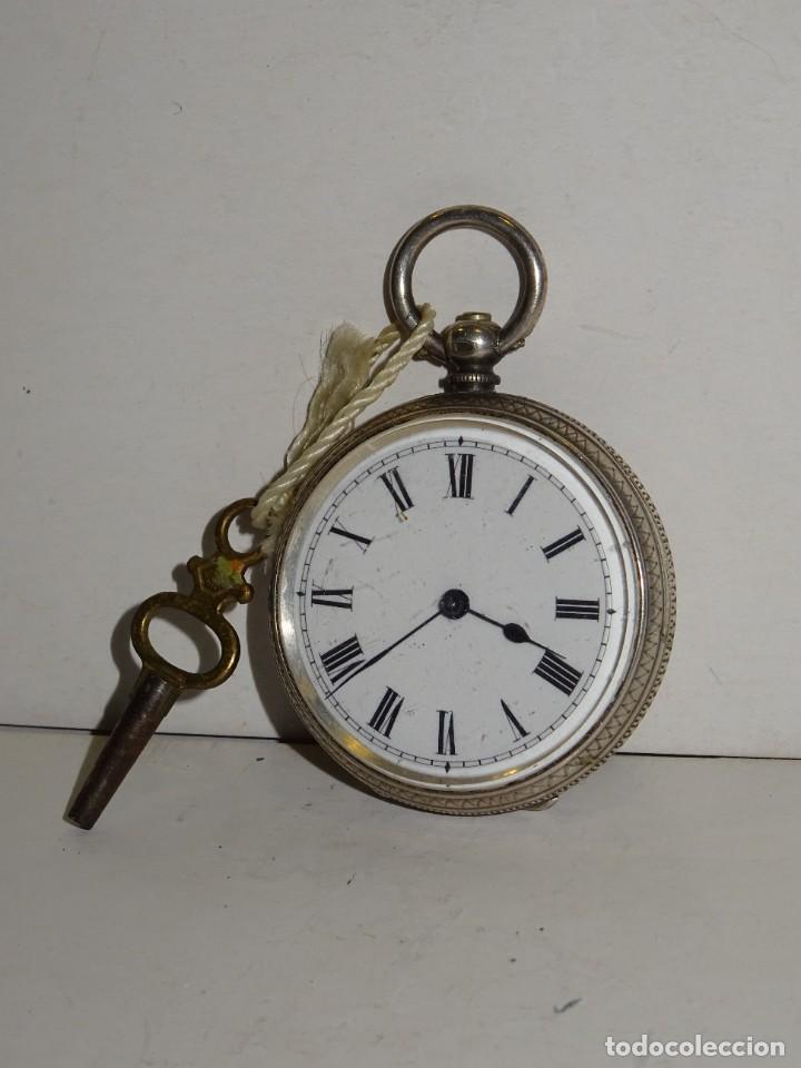 ANTIGUO RELOJ DE PLATA SEMICATALINO DE LLAVE ,ESFERA ESMALTADA PERFECTA 5,5X4CM (Relojes - Bolsillo Carga Manual)