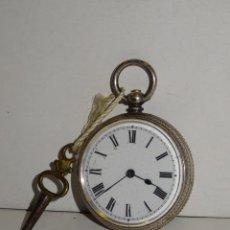 Relojes de bolsillo: ANTIGUO RELOJ DE PLATA SEMICATALINO DE LLAVE ,ESFERA ESMALTADA PERFECTA 5,5X4CM. Lote 280517498