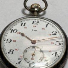 Orologi da taschino: RELOJ DE BOLSILLO LIP PLATA ANTIGUA CARGA MANUAL CON ESCUDO DE ORO. Lote 293757828