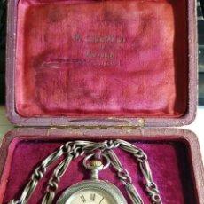 Relojes de bolsillo: ANTIGUO RELOJ BOLSILLO-PLATA 800-AÑO 1910- FUNCIONA-LEONTINA PLATA -CAJA ORIGINAL- LOTE 259-40. Lote 295646673