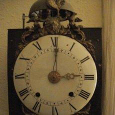 Relojes de pared: RELOJ DE PARED MOREZ CON ESFERA DE MADERA ESMALTADA. Lote 26693191