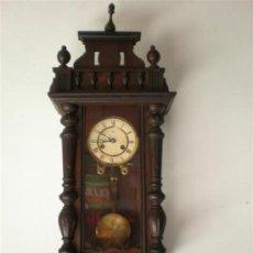 Relojes de pared: RELOJ PARED ANTIGUO. Lote 23672406