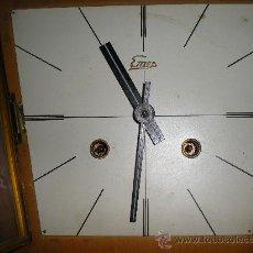 Relojes de pared: RELOJ PARED EMES . AÑOS 60 .. Lote 26332269