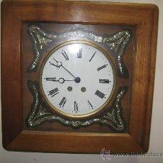 Relojes de pared: ORIGINAL RELOJ OJO DE BUEY CUADRADO MAQUINA PARIS - MARCO MADERA FUNCIONANDO. Lote 26920957
