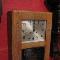 Relojes de pared: RELOJ PARED CARRILLON CON SONERIA CAJA DE MADERA ROBLE GIRODE. Lote 25096690