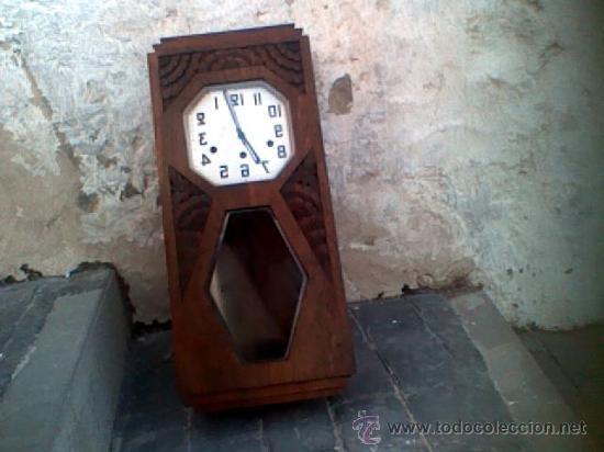 En Carrion Campan Madera Y Vendido Antiguo Subasta Con Reloj De Nw8n0vm