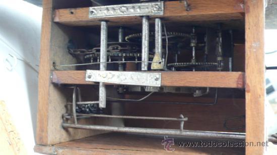 Relojes de pared: Reloj tipo ratera s.XIX de una campana, con pesas y péndulo. . - Foto 3 - 30770095
