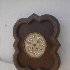 Relojes de pared: RELOJ DE PARED MADERA CON ESFERA DE MARMOL. Lote 32869136