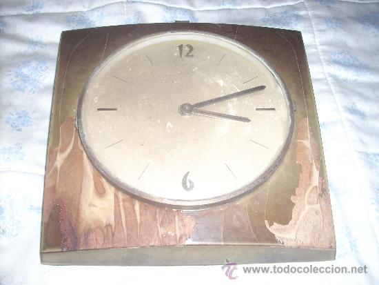 RELOJ DE PARED ELME DE MADERA .A PILAS, (Relojes - Pared Carga Manual)
