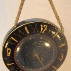 Relojes de pared: RELOJ DE CUERDA PRAZISA. Lote 34862284