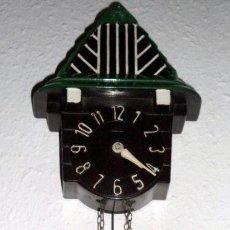 Relojes de pared: PRECIOSO RELOJ MINIATURA ART DECO DE LOS AÑOS 2O EN BAQUELITA FUNCIONANDO. Lote 35650149