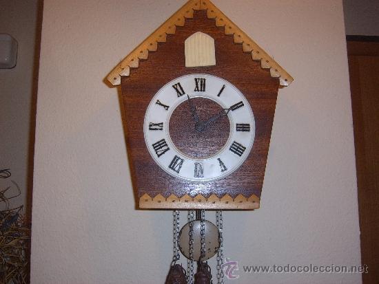 Relojes de pared: BONITO Y RARO RELOJ CUCU HECHO EN RUSIA,TOTALMENTE MECÁNICO Y FUNCIONAL.ESPECIAL PARA COLECCIONISTAS - Foto 9 - 31203507