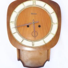 Relojes de pared: RARO RELOJ ANTIGUO DE PARED EN MADERA KIENINGER ALEMAN O BELGA. Lote 89409539