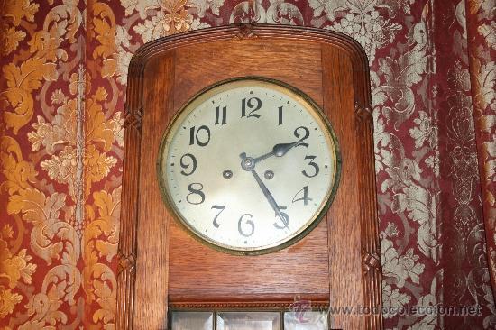 Relojes de pared: RELOJ DE PARED DE CARGA MANUAL AÑOS 20. MARCA ALIX. CON LLAVE Y PENDULO. - Foto 2 - 37346426
