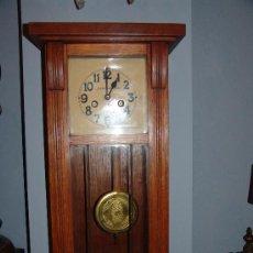 Relojes de pared: MUY BONITO RELOJ DE PARED ESTILO MODERNISTA. Lote 39114188