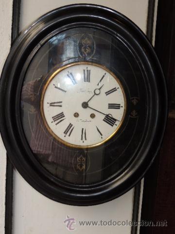 RELOJ DE PARED OVALADO DE EPOCA ISABELINA (Relojes - Pared Carga Manual)